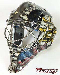 casque-saxoprint_magnus_decoration_peinture_masque_gardien_hockey_glace_roller_design_venom__gardien_goal-paris-psg-boston-bruins-nhl-personnalisation-ccm-bauer-matthieu_merlin-gauche2