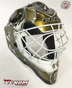 casque_magnus_decoration_peinture_masque_gardien_hockey_glace_roller_design_venom__gardien_goalie-jules-herve-dammarie-personnalisation-ccm-bauer-matthieu_merlin_aerographe-droit2