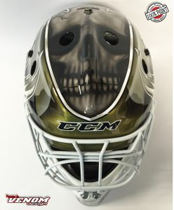 casque_magnus_decoration_peinture_masque_gardien_hockey_glace_roller_design_venom__gardien_goalie-jules-herve-dammarie-personnalisation-ccm-bauer-matthieu_merlin_aerographe-face2